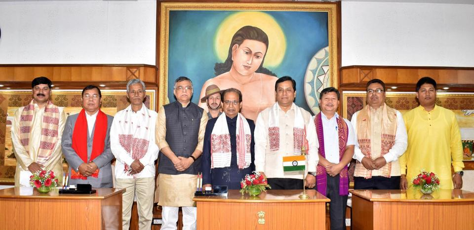 Sonowal Cabinet swearing-in ceremony-at-raj-bhawan PTI