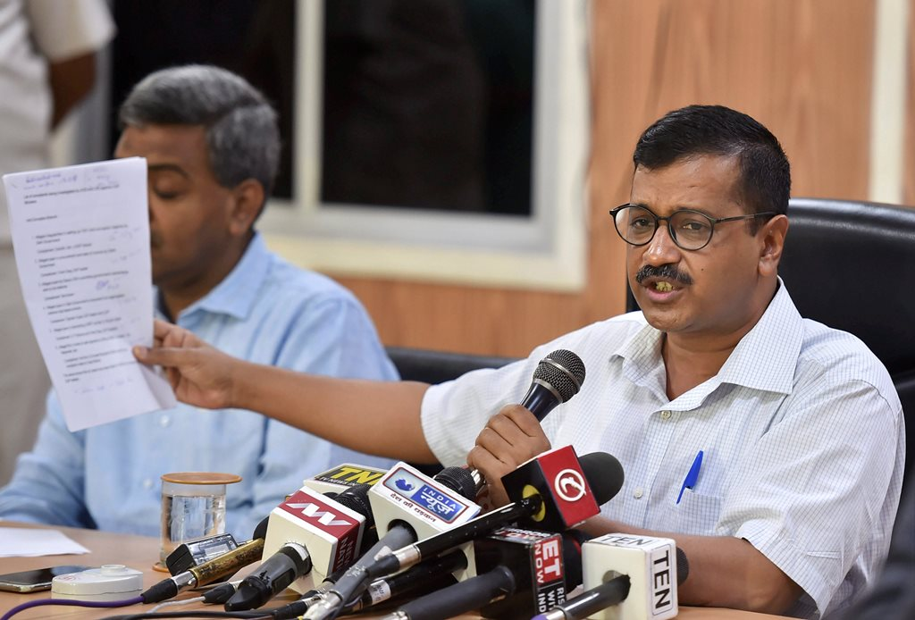 New Delhi: Delhi Chief Minister Arvind Kejriwal addresses a press conference at CM residence, in New Delhi on Monday, June 11, 2018. ( PTI Photo/Arun Sharma) (PTI6_11_2018_000052B)