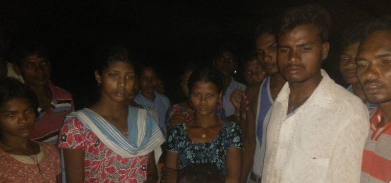 गढ़चिरौली: गांववालों का आरोप, लापता बच्चों को माओवादी बताने के लिए पुलिस करा रही जबरन दस्तख़त