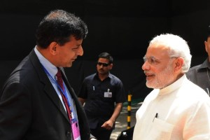 The Prime Minister, Shri Narendra Modi being received by the Governor of Reserve Bank of India, Shri Raghuram Rajan at the Financial Inclusion Conference of RBI, in Mumbai on April 02, 2015.