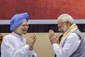 "New Delhi: Prime Minister Narendra Modi and former prime minister Manmohan Singh during a release of the book titled ""Moving On...Moving Forward: A Year in Office"" published on experiences of M Venkaiah Naidu during his first year as Vice President of India and Chairman of Rajya Sabha, in New Delhi on Sunday, Sept 2, 2018. (PTI Photo/Kamal Singh)(PTI9_2_2018_000057B)"