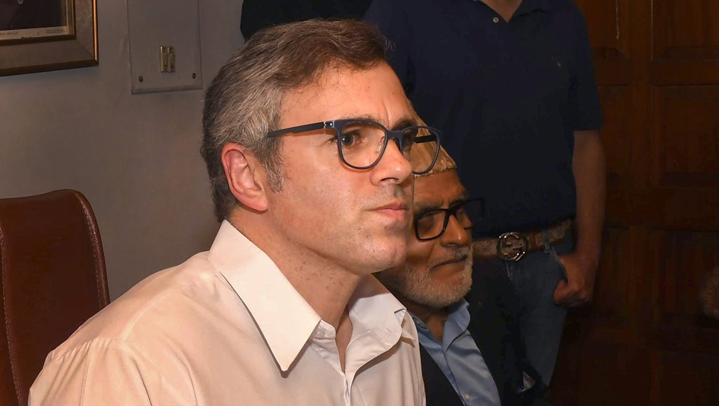 Srinagar: Former chief minister and National Conference vice-president Omar Abdullah addresses a press conference after an all-party meeting, in Srinagar, Thursday, Sept 13, 2018. (PTI Photo) (PTI9_13_2018_000100B)