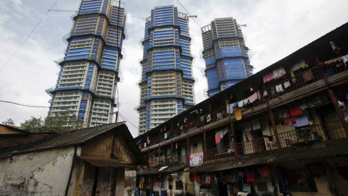 भारत के 9 अमीरों के पास है 50 फीसदी आबादी के बराबर संपत्ति: रिपोर्ट