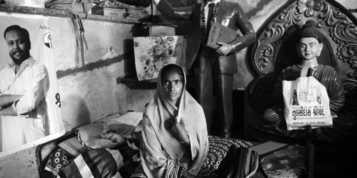 आरटीआई कार्यकर्ता नानजी सोंडर्वा की पत्नी मेघाबाई.