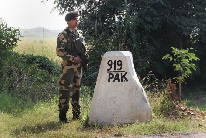 Jammu: Border Security Force (BSF) jawan stand guard at India-Pakistan International border, at Ranbir Singh Pura in Jammu, Monday, Nov. 18, 2019. (PTI Photo) (PTI11_18_2019_000228B)