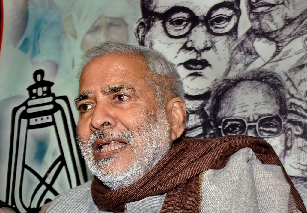 New Delhi: In this file photo dated Monday, Jan. 4, 2016, RJD Vice-President Raghuvansh Prasad Singh addresses a press conference at party office in Patna. Singh (74) died on Sunday, Sept. 13, 2020, at AIIMS in New Delhi. (PTI Photo)(PTI13-09-2020 000014B)