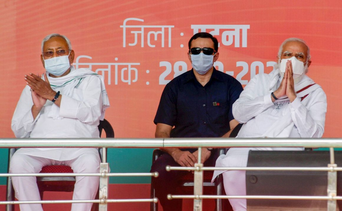 Patna: Prime Minister Narendra Modi and Bihar Chief Minister Nitish Kumar during an election rally, at the veterinary ground in Patna, Wednesday, Oct. 28, 2020. (PTI Photo)(PTI28-10-2020 000098B)