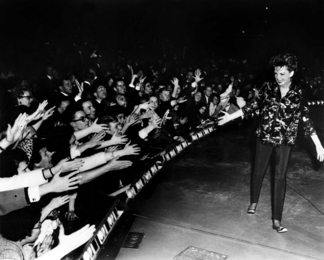 Judy in concert