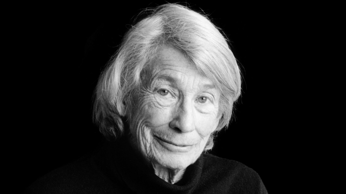 Mary Oliver, Poet Of A Different Dissidence