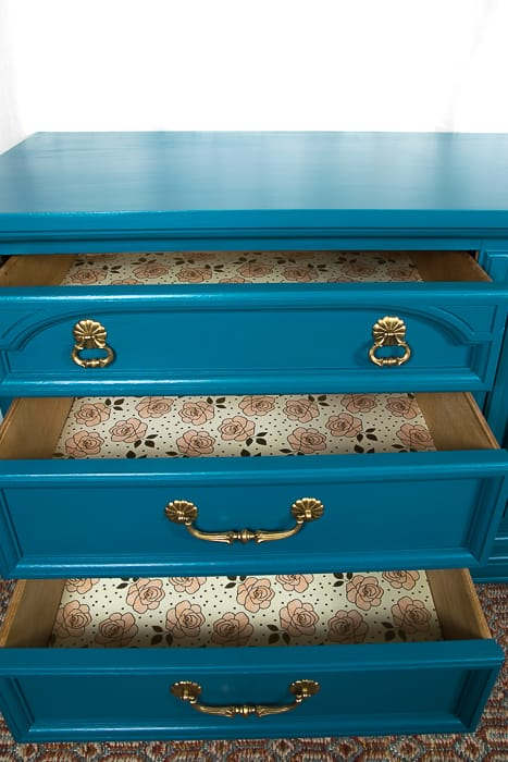 picture of liners inside dresser drawers