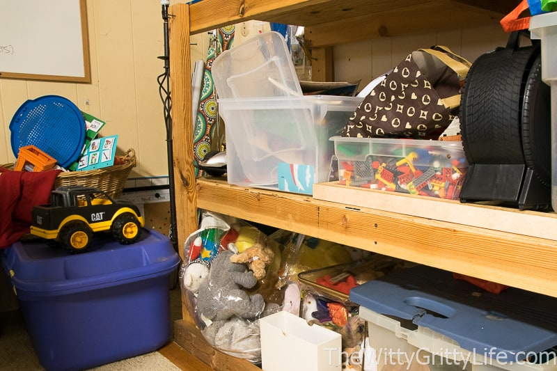 picture of clutter