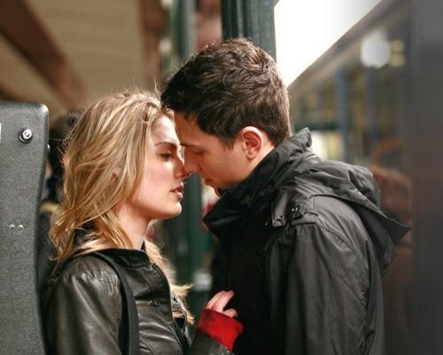 4helal dating byrå Cyrano 12