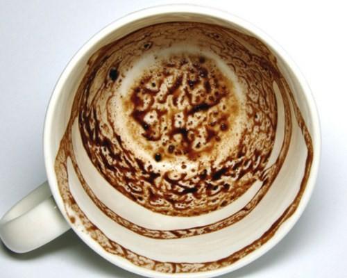 Кофейная гуща слон с хоботом вверх