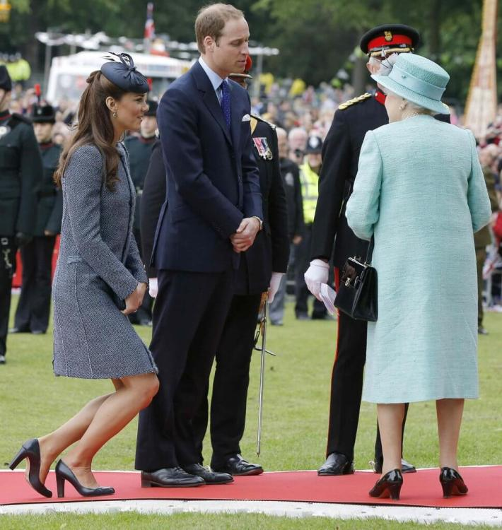 Kate-Ive-Had-Quite-Enough-Curtseying-Thing-Really-969x1024.jpg