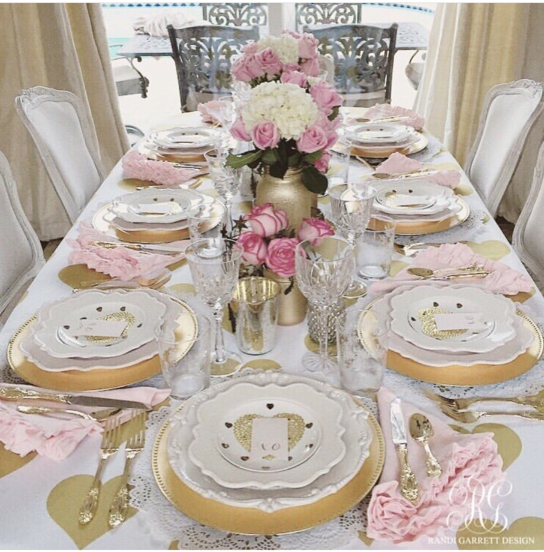 galentine's party tablescape