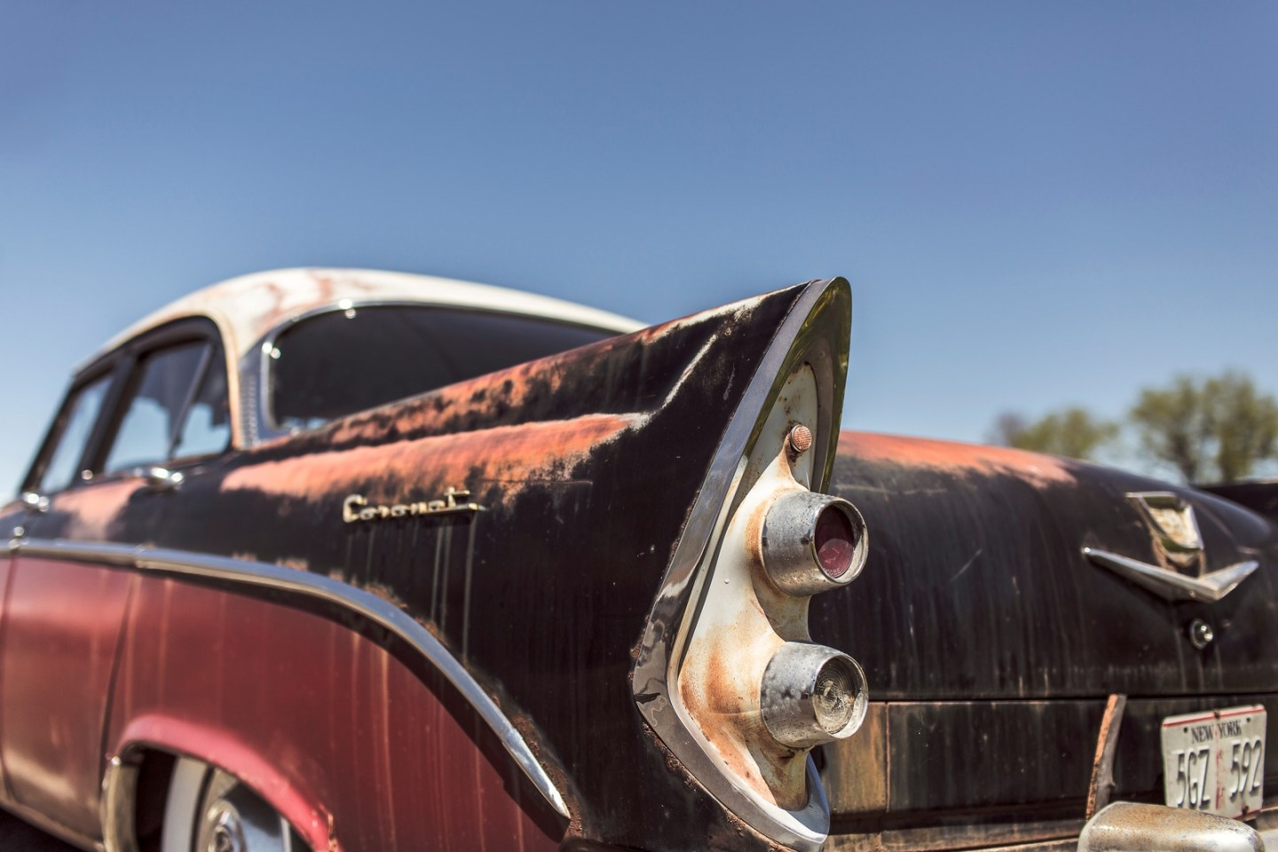 how to restore vintage cars
