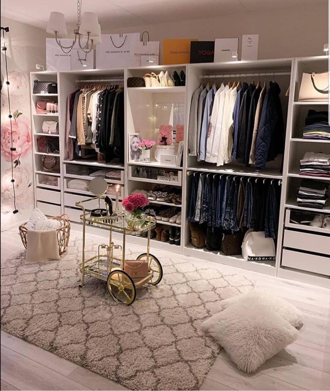 pink closet decor