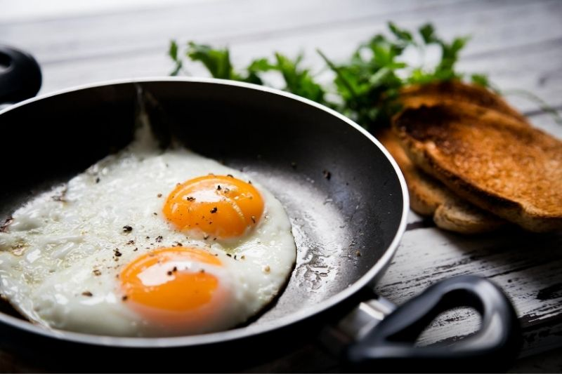 fried eggs and toasted bread