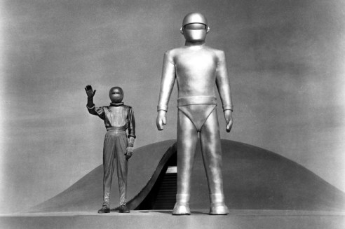THE DAY THE EARTH STOOD STILL, Michael Rennie, 1951, TM & Copyright (c) 20th Century Fox Film Corp. All rights reserved.CREDIT: Everett Collection