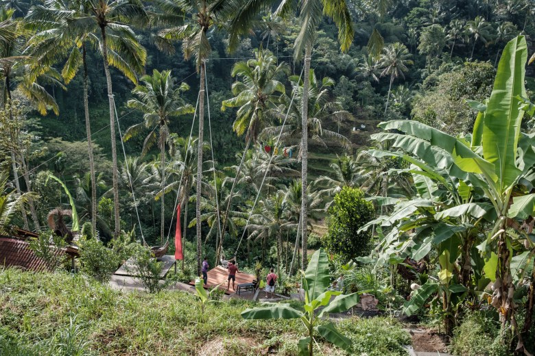 Indonesia Tirta Empul 06