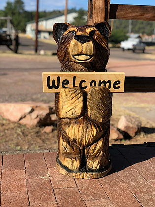 2ft Wooden Bear With Welcome Sign