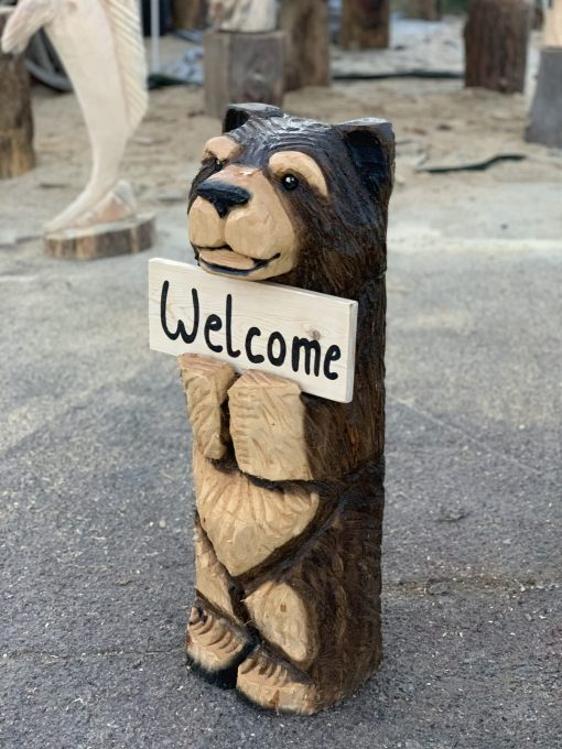 Welcome bear chainsaw carving