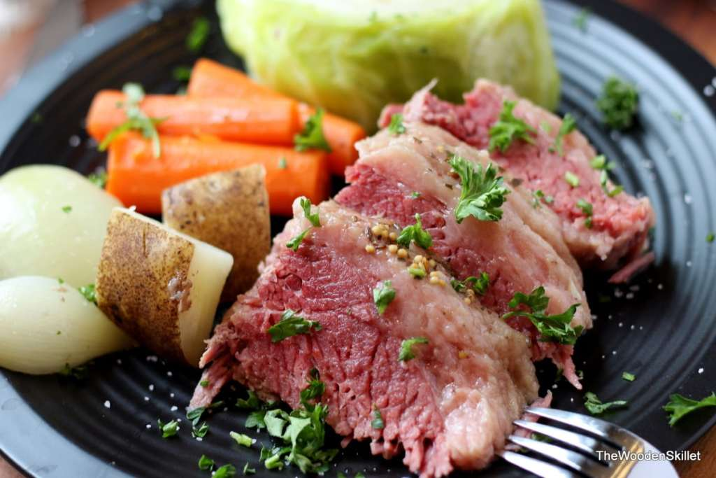 How to make corned beef and cabbage. - the best recipe for St. Patrick's Day! thewoodenskillet.com
