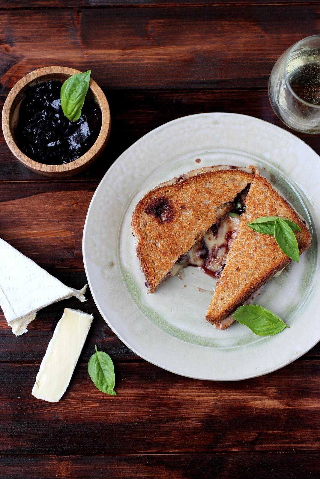 Baked Brie Grilled Cheese Sandwich with Sweet Basil - thewoodenskillet.com #grilledcheese #meatless