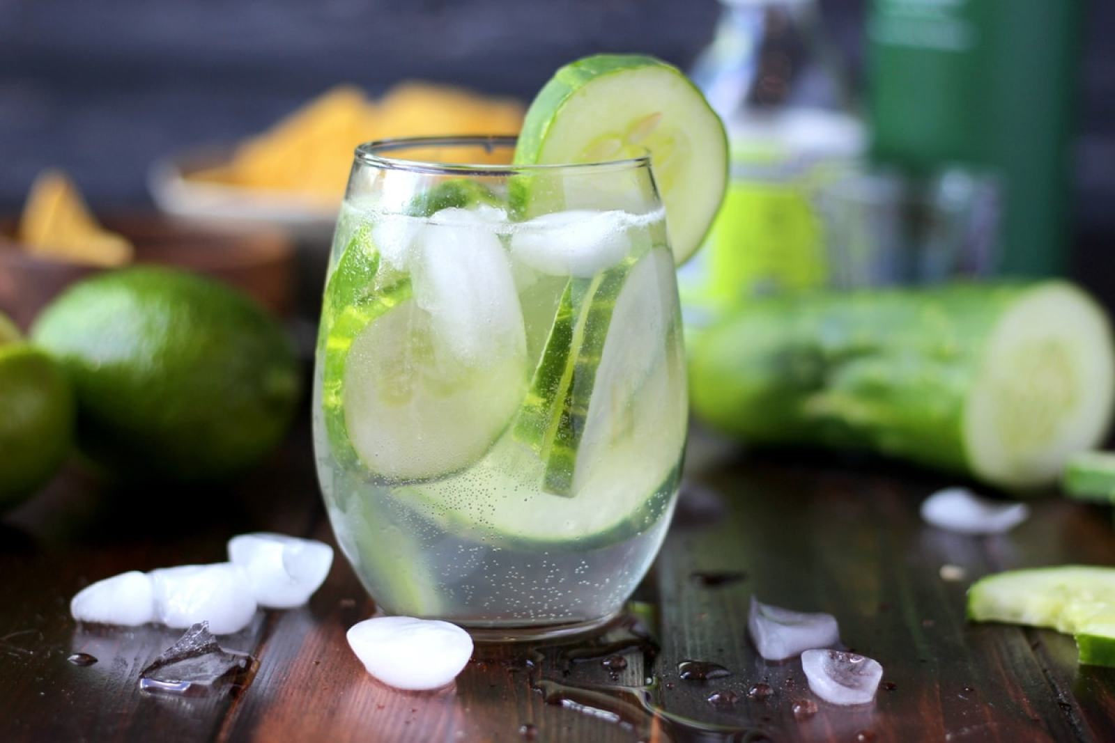 Cucumber Vodka Water - thewoodenskillet.com #cocktail