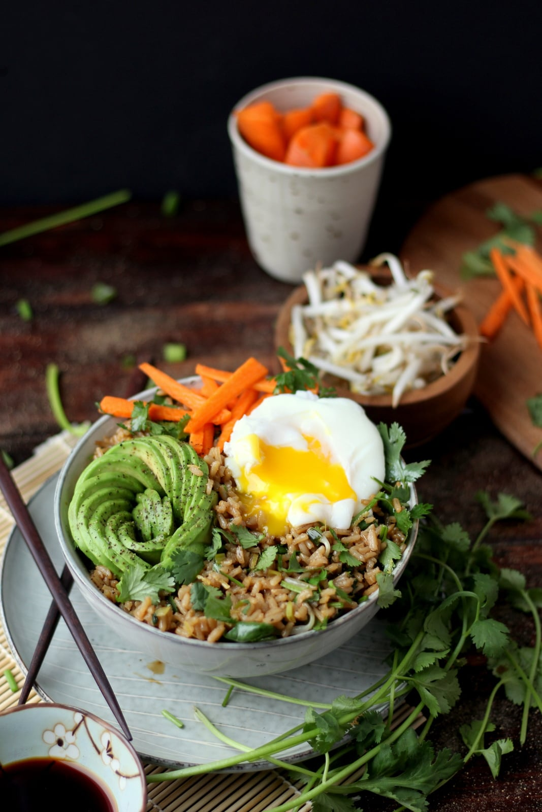 Cilantro Fried Rice + Avocado and Poached Egg - awesome vegetarian rice bowl recipe! thewoodenskillet.com #ricebowl #foodphotography