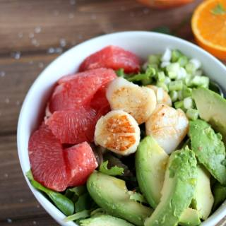Seared Scallop Salad + Grapefruit and Avocado. thewoodenskillet.com