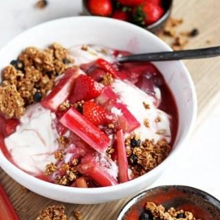 Braised Strawberry Rhubarb Compote + Yogurt and Granola - tastes like strawberry rhubarb pie! thewoodenskillet.com