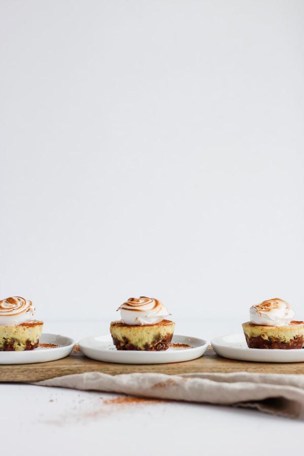 Baked Vegan Egg Nog Cheesecake Bites