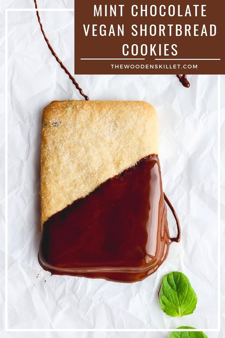 Mint Chocolate Vegan Shortbread Cookies - a light and delicious mint chocolate cookie!! So delicious! #shortbread #cookies #holidayrecipes #holidaycookie #baking #christmas