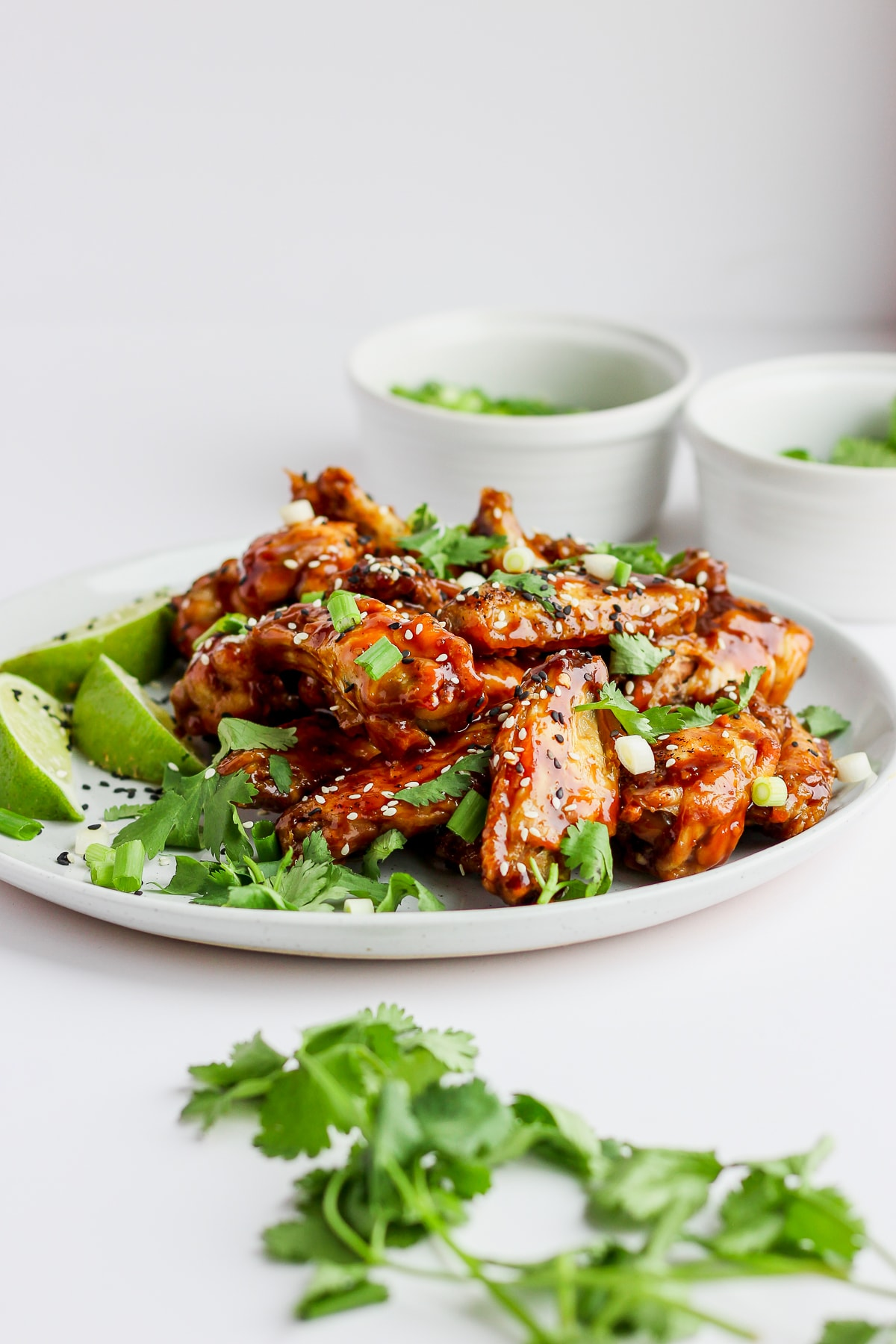Easy Sesame Ginger Baked Wings - the perfect game day appetizer that is Whole30 and Paleo! #whole30 #paleo
