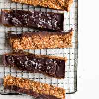 Raw Cashew Chocolate Breakfast Bars