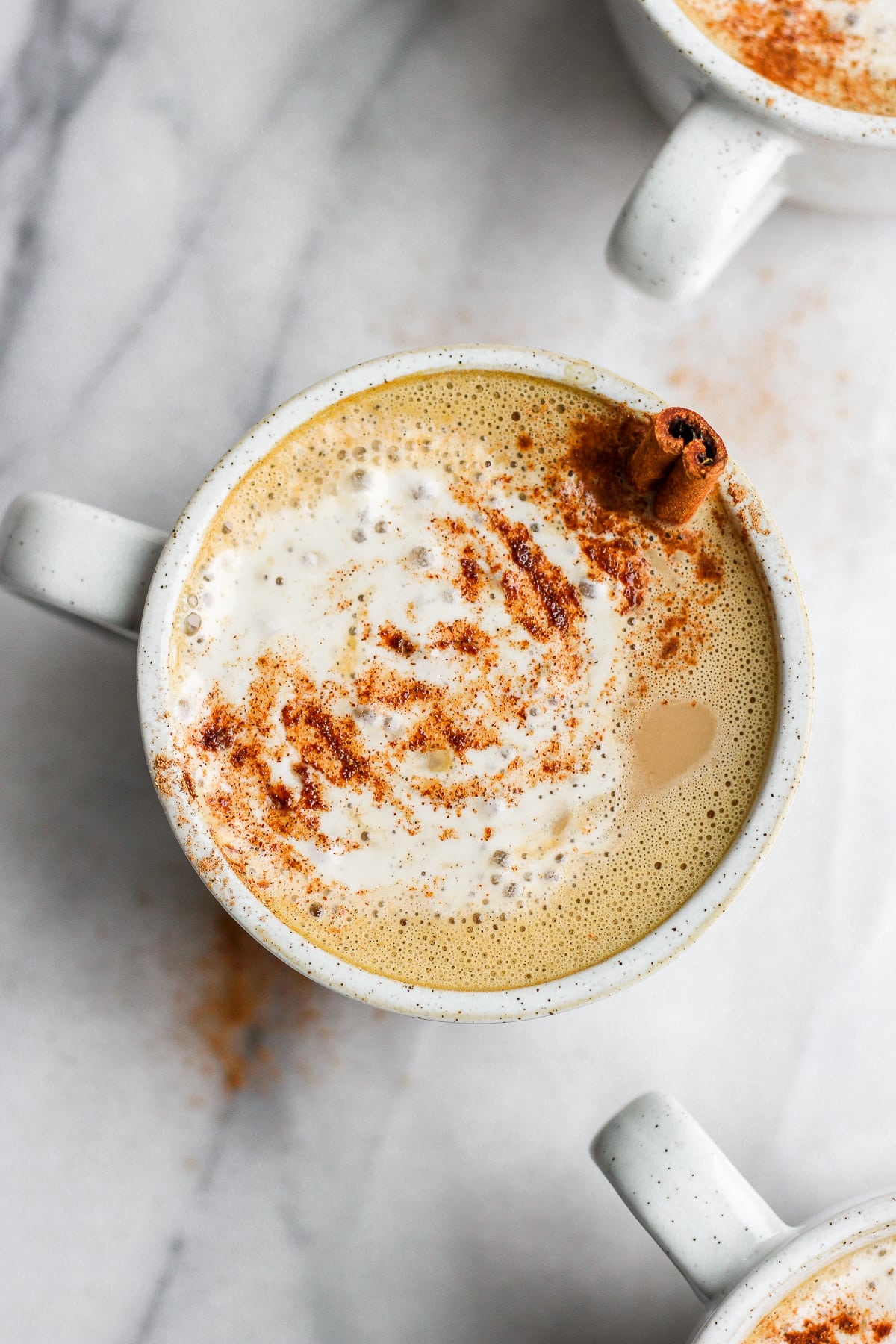 Dairy-Free Pumpkin Spice Latte - a healthier version of your classic pumpkin spice latte! #paleo #dairyfree #pumpkinspice #coffee