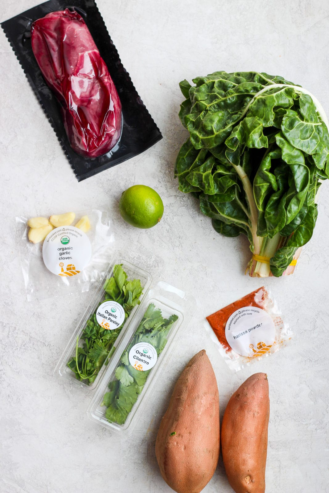 Sun Basket Meal Delivery Service Review - my honest opinion on this healthy, organic and paleo-friendly meal-service delivery! #mealdelivery #organic #whole30meals #paleomeals #glutenfreemeals #glutenfree