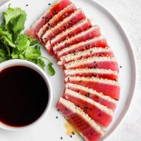 Simple Seared Ahi Tuna Recipe (Whole30 + Paleo)