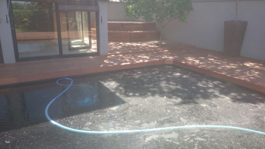 Timber Pool Deck New Durban September 2015 1