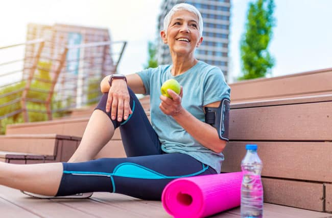 Midlife Exercise And A Balanced Diet Will Help You Avoid Serious Health Problems Later In Life