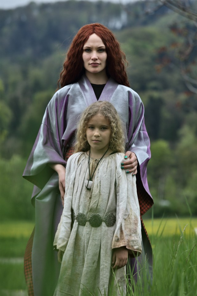 Lilith gross und klein: the older and younger Lilith witch characters