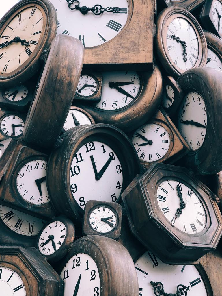 many clocks of time