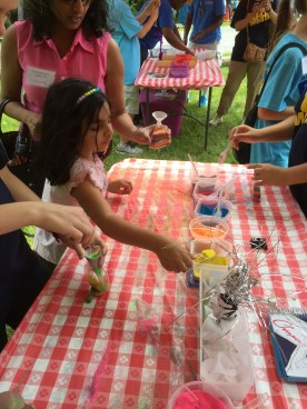 Creating sand art was a popular activity among spellers.