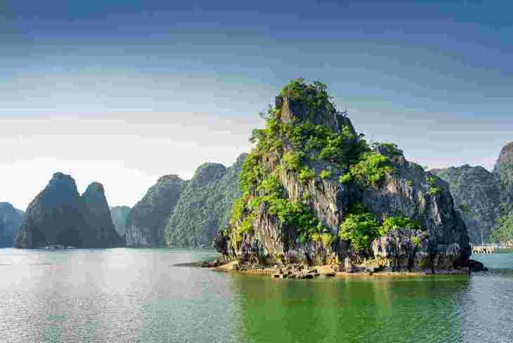 vietnam_halong_bay_0