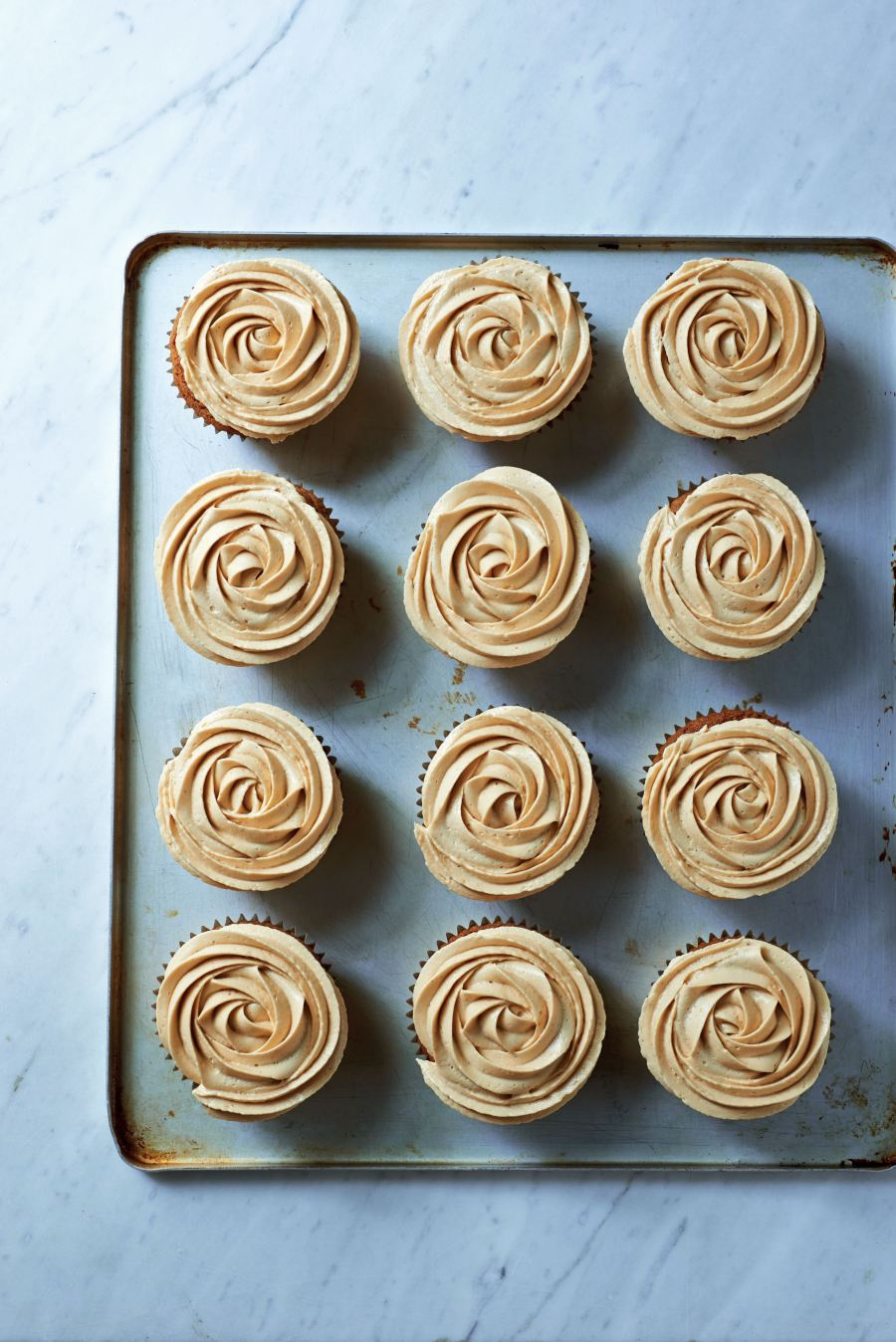 5556231b28817_htcc_muscovado_and_salted_caramel_cupcakes_1