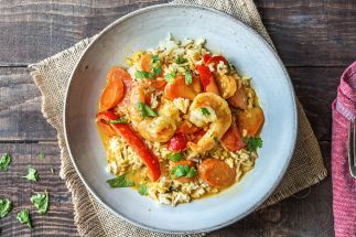red-thai-prawn-curry-with-rice-af54c712