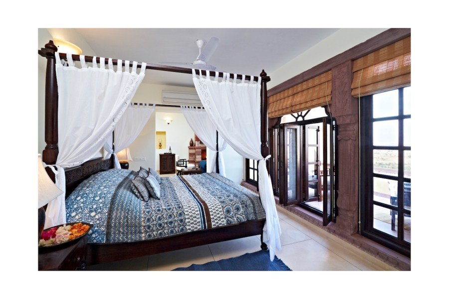 4.Category 1 Suite bed - Copy
