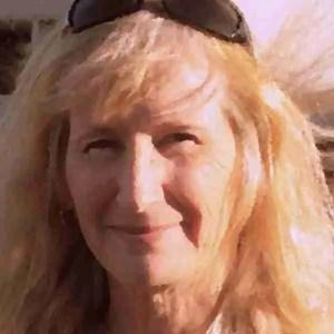 Illustrator Linda Cowan