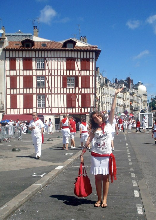 white and red. Bayonne